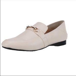Cream slip on loafers 7.5